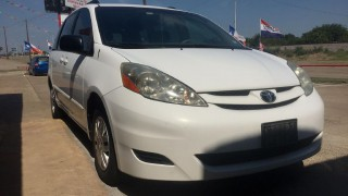 Image for 2010 Toyota Sienna CE ID: 154134