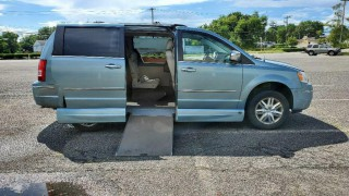Image for 2009 Chrysler Town & Country Limited Mini ID: 1346913