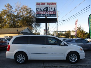 Image for 2013 Chrysler Town & Country Touring ID: 1914682