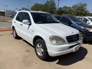 Image for 2000 Mercedes-Benz M-Class ML 320 ID: 549672