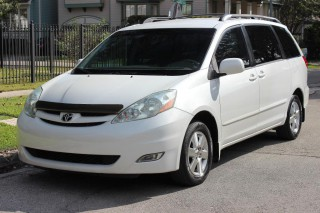 Image for 2006 Toyota Sienna XLE ID: 196833