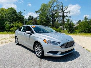 Image for 2017 Ford Fusion Se Hybrid ID: 2070350