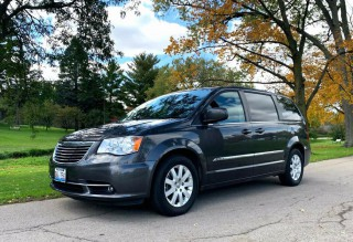 Image for 2016 Chrysler Town & Country Touring ID: 335368