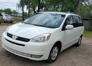 Image for 2004 Toyota Sienna XLE ID: 1375393