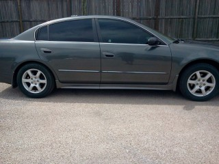 Image for 2005 Nissan Altima S ID: 940384